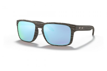Holbrook™ Woodgrain Collection woodgrain/prizm deep water polarized